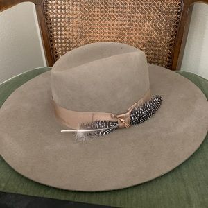 Rapture hat by Stetson new never been worn!